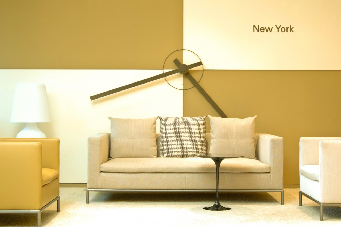Gr Lounge Uhr New York_1